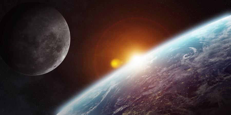 宇宙葬や月面葬まで。多様化が進む散骨のかたち