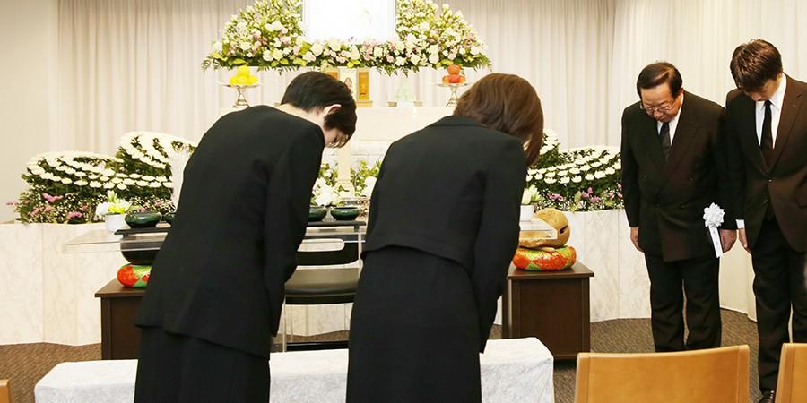 家族葬のお通夜TOP