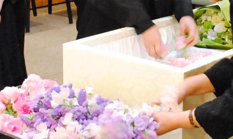 お別れのお花を