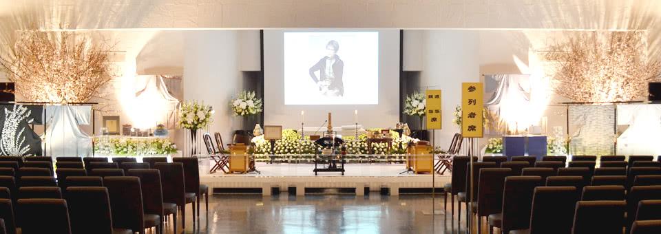 淡路恵子さんの花祭壇