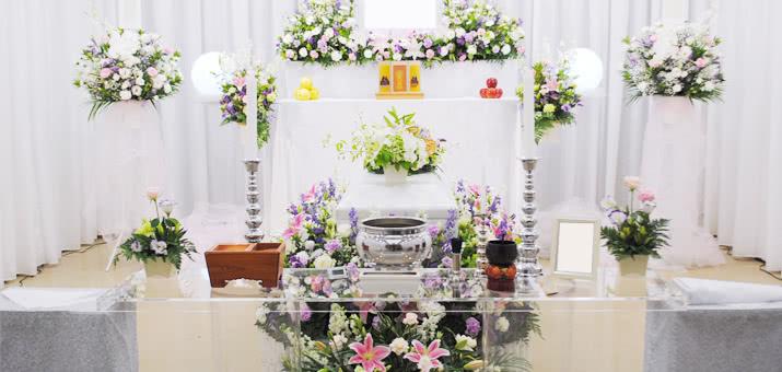 女性らしい祭壇