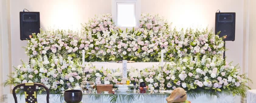穏やかなお父様をイメージした花祭壇