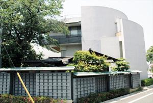 感応寺会館(かんのうじかいかん)