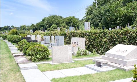 家族葬の後の四十九日法要、ご納骨