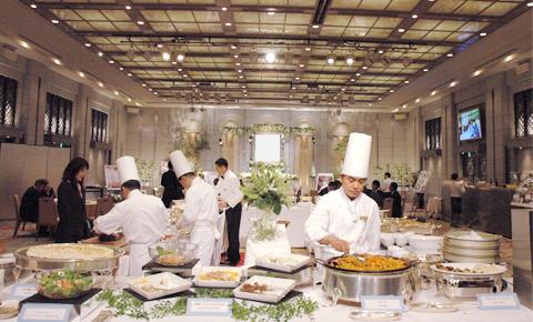 レストラン・ホテル葬